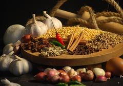 高血压患者可以吃大蒜吗?蒜头有什么功效?刚吃完大蒜怎么去口味?