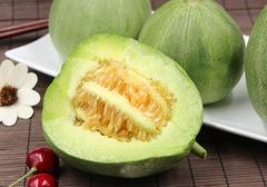 甜瓜能和河蟹一起吃吗,哪些食物与甜瓜相克,容易引起身体不适?