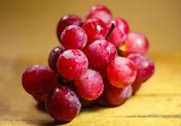 阳台葡萄的施肥方法