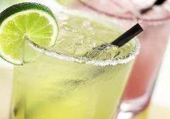 柠檬茶可以减肥吗,柠檬茶的减肥喝法,玫瑰柠檬茶的做法介绍